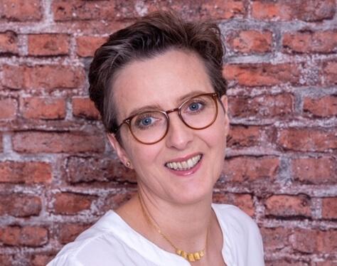 Kinderwunschexpertin Dr. med. Heidi Gößlinghoff sorgt für Dein spätes Mutterglück! 👨👩👧👦